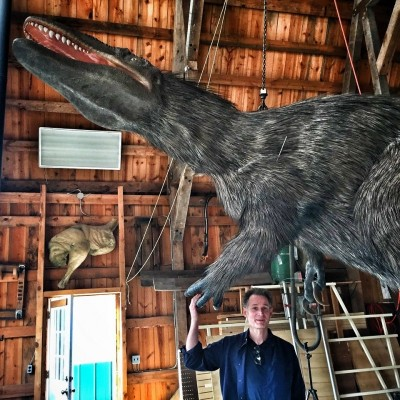 Gary and his feathered Yutyrannus sculpture created for the Frost Museum of Science in Miami.
